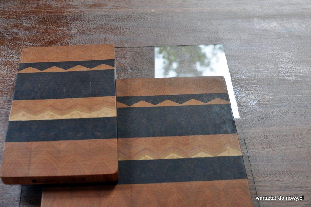 Deska do krojenia z trójkątnym wzorem - orzech i czereśnia