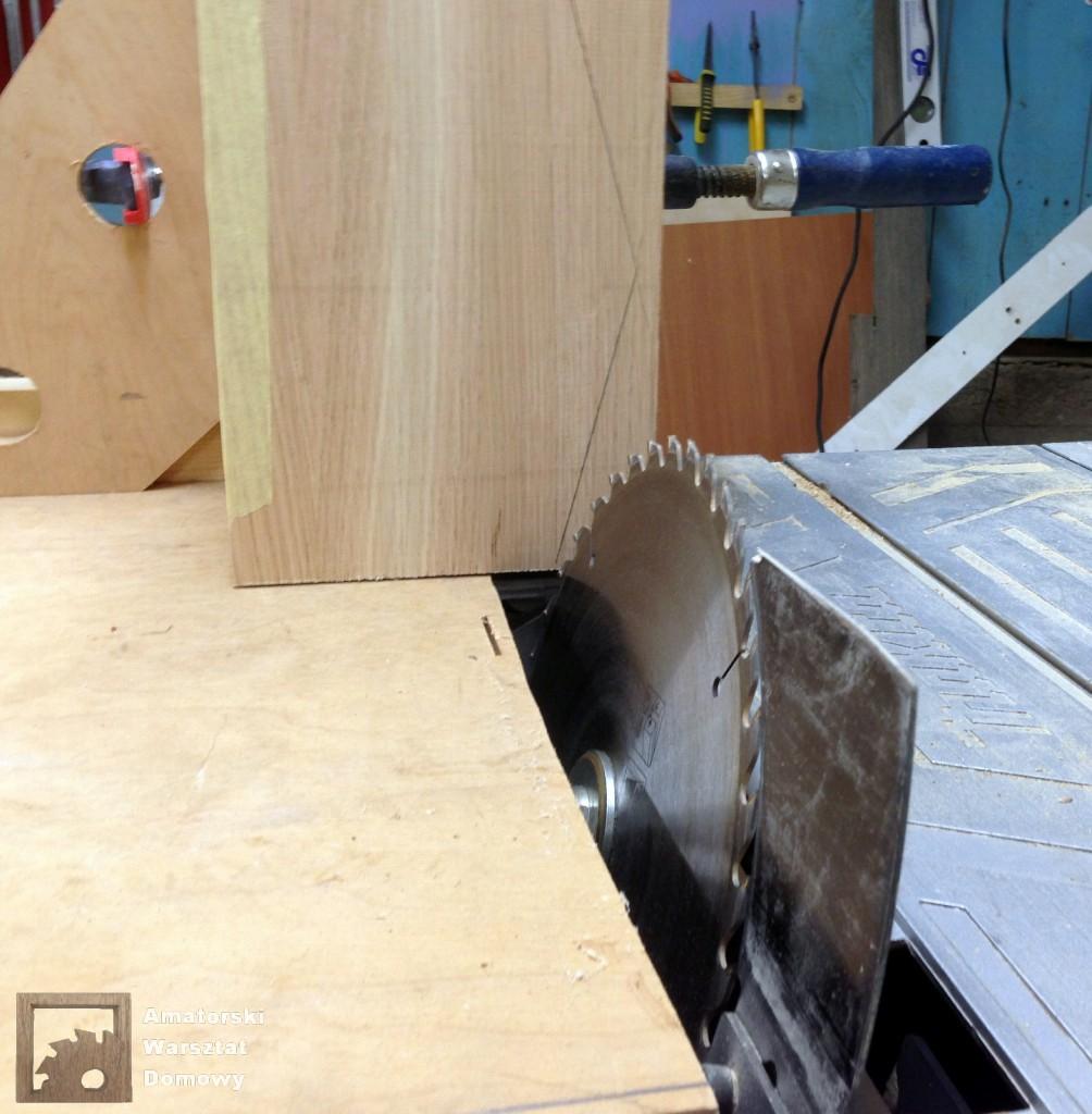 IMG 5553 1004x1024 Dębowy stołek według projektu pani Joanny